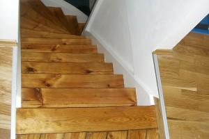 Treppe schleifen und lackieren Wehrheim