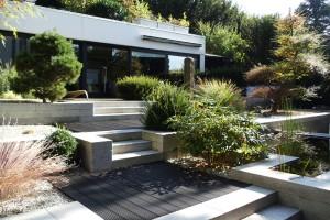 Terrassenerstellung Garten Teich Bangkirai schwarz geölt Königstein