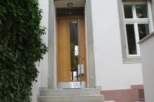 Eingangstür Eiche Liebigstraße Frankfurt